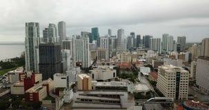 鸟瞰图大厦街市都市城市地平线迈阿密佛罗里达 股票视频