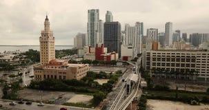鸟瞰图大厦街市都市城市地平线迈阿密佛罗里达 股票录像