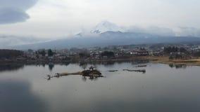 鸟瞰图富士山在日本 股票录像