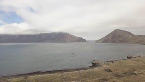 鸟瞰图帆船在被放弃的码头附近岸的海在旧港口的 影视素材
