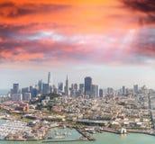鸟瞰图旧金山地平线和码头39在美丽 图库摄影