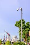 鸟瞰图显示器旅行地方的安全监控相机在城市 免版税图库摄影