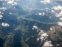 从鸟瞰图的阿尔卑斯 免版税库存照片