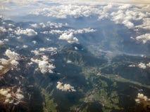 从鸟瞰图的阿尔卑斯 免版税库存图片