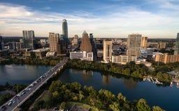 鸟瞰图科罗拉多河街市市地平线奥斯汀得克萨斯美国 免版税库存图片