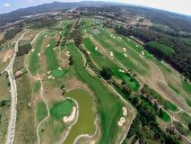 鸟瞰图高尔夫球场 免版税图库摄影
