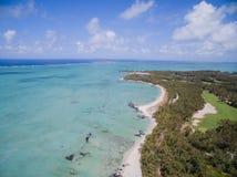 鸟瞰图:Ile辅助Cerfs -休闲海岛 免版税库存照片