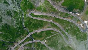 鸟瞰图Transfagaras山路,罗马尼亚,特兰西瓦尼亚 股票录像