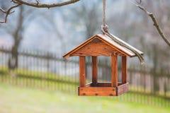 鸟舍在果树园 免版税图库摄影