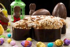 鸠型典型的甜的复活节 库存图片