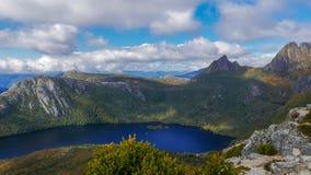 鸠湖和摇篮山高角度拍摄从马里的监视 免版税库存图片