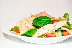 鸡、菜和姜沙拉  库存图片