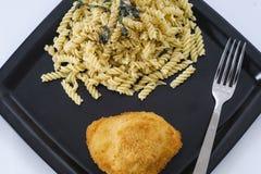 鸡和意大利面食 库存图片