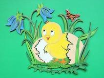 鸡和鸡蛋,木雕刻 免版税图库摄影