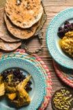 鸡咖喱用黑米,服务的特写镜头 印第安食物 库存图片