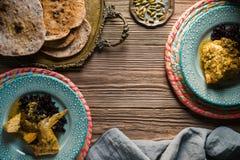 鸡咖喱用黑米,服务 印第安食物 库存照片