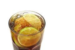 鸡尾酒冰了海岛长的茶 库存照片