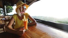 鸡尾酒在拉迪格岛 股票录像