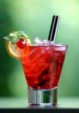 鸡尾酒能源红色 库存照片