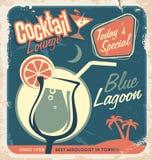 鸡尾酒酒吧的增进减速火箭的海报设计 免版税库存图片