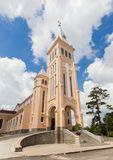 鸡教会在大叻市市,越南 免版税库存照片