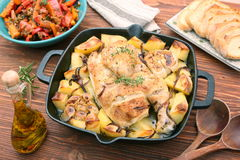 鸡汤用土豆和香料 库存照片