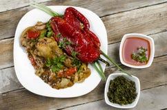 鸡汤用烤红辣椒 免版税库存图片