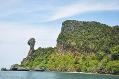 鸡海岛在Krabi,泰国 免版税库存照片