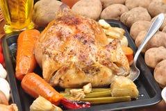 鸡烤了有机某棵蔬菜 图库摄影