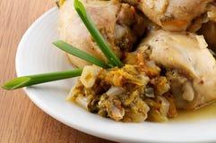 鸡烤的绿色行程嫩煎蔬菜 免版税库存照片