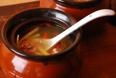 鸡瓷可口食物汤 库存照片