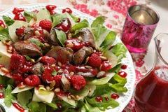 鸡肝开胃菜用莓调味汁 免版税图库摄影