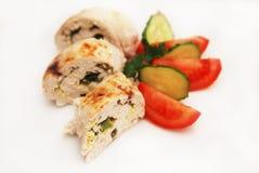 鸡胸脯滚动了部分被充塞的被烘烤的自创饮食食物晚餐Chiken乳房肉 免版税图库摄影