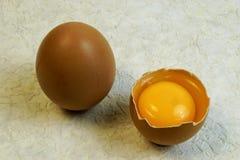 鸡蛋是食品,有卵形形状 图库摄影