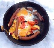 鸡蛋油煎了香肠 免版税图库摄影