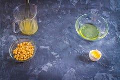 鸡豆液体水盐水排泄 素食主义者Aquafaba 免版税库存图片