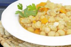 鸡豆炖煮的食物 免版税库存图片