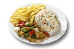 鸡食物mein一个普遍的东方盘可利用在汉语去掉 中国食物 免版税库存图片