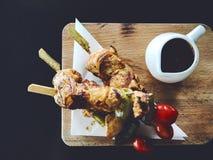 鸡BBQ用辣调味汁 库存照片