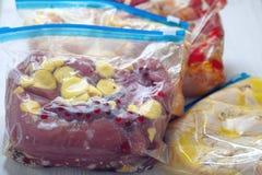 鸡Crockpot冷冻机饭食 库存照片