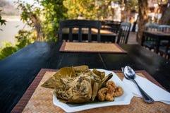 鸡mok湄公河,琅勃拉邦,老挝 免版税库存照片