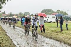 鹅卵石路的-环法自行车赛细气管球2014年 免版税库存照片