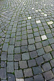鹅卵石边路由立方体石头1做成 免版税库存图片