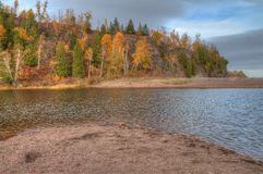 鹅莓落国家公园在明尼苏达在苏必利尔湖北部岸的秋天期间  库存图片