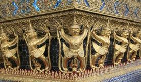 鹰报行盛大宫殿。寺庙,曼谷泰国 库存照片