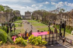 鹰记航空公司Wisnu Kencana文化公园的中心广场巴厘岛的 免版税库存照片