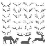 鹿在白色背景的垫铁例证传染媒介手拉的剪影  库存例证