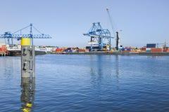 鹿特丹,荷兰集装箱码头港  库存照片