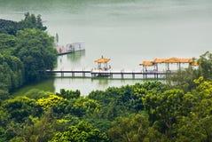 麓湖公园在广州,在中国南部 免版税库存图片