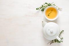 麝香草茶,顶视图 免版税库存图片